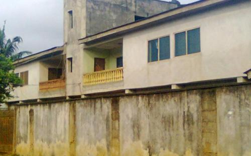 A very neat block of 4 no 3 bedroom flat at ejigbo for sale. Price 25m. Interested buyer can reach us on. +2348105715090, +2348086032006.