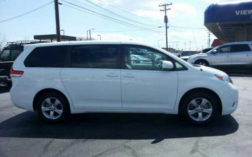 Used Toyota Sienna For Sale >> Neatly Used Toyota Sienna For Sale Under The Custom Service Of